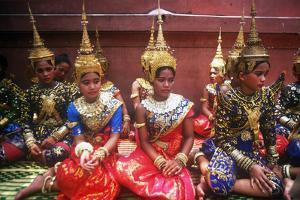 Traditional Dance, New Year's Celebration, Phnom Penh, Cambodia