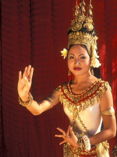 Traditional Dancer and Costumes, Khmer Arts Dance, Siem Reap, Cambodia-Bill Bachmann-Photographic Print