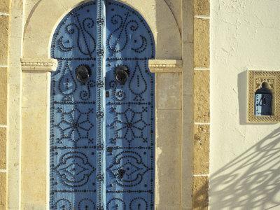 https://imgc.artprintimages.com/img/print/traditional-door-decorations-tunisia_u-l-p4ak1i0.jpg?p=0