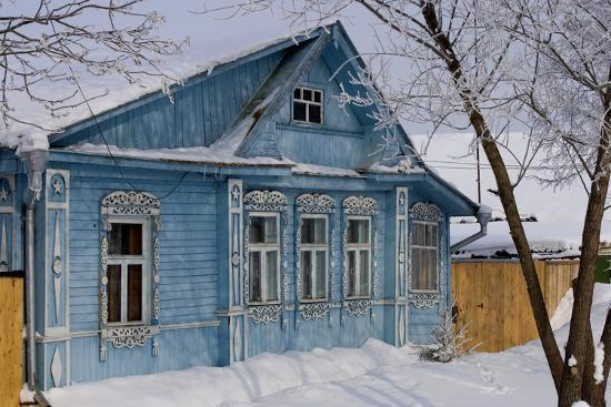 Traditional Wooden House, Suzdal, Golden Ring, Russia--Photographic Print