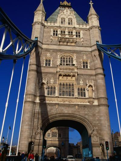 Traffic and People on the Tower Bridge - London, England-Doug McKinlay-Photographic Print