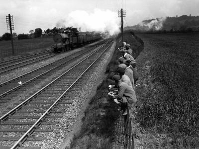 Trainspotting--Photographic Print