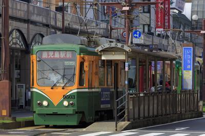 https://imgc.artprintimages.com/img/print/tram-izuro-street-kagoshima-city-kyushu-island-japan-asia_u-l-q1bolkf0.jpg?p=0