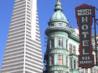 Trans America Building and Victorian Architecture, San Francisco, California, United States of Amer-Gavin Hellier-Photographic Print