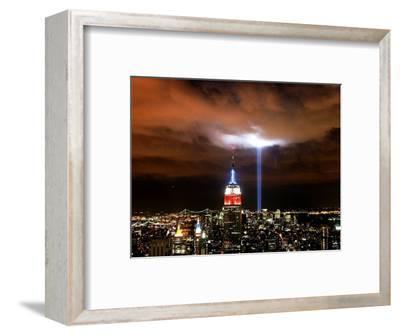 """Tribute in Light"" Illuminates the Sky Over Manhattan"