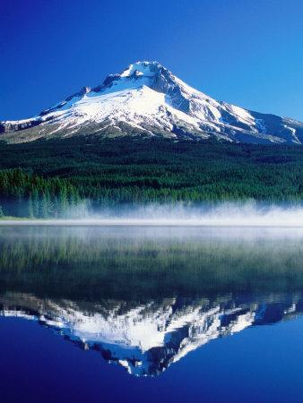https://imgc.artprintimages.com/img/print/trilium-lake-with-mt-hood-in-background-mt-hood-oregon_u-l-p1zwbv0.jpg?p=0