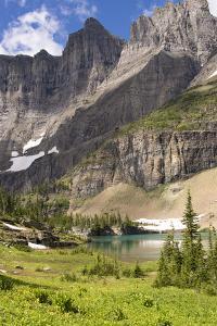 Glacier NP. Ptarmigan Wall. Alpine Lake Along Iceberg Lake Trail by Trish Drury