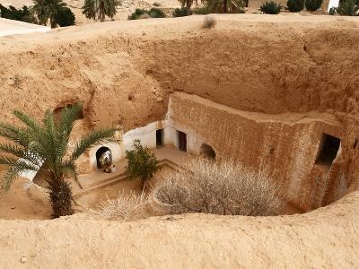 Troglodyte Pit Home, Berber Underground Dwellings, Matmata, Tunisia, North Africa, Africa-Dallas & John Heaton-Photographic Print