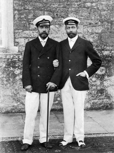 Tsar Nicholas II of Russia and King George V of Great Britain--Giclee Print