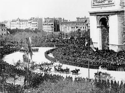 Tsar Nicholas II's Visit to Paris, 1896--Giclee Print
