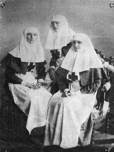 Tsarina Alexandra and Grand Duchesses Olga and Tatiana of Russia, 1914