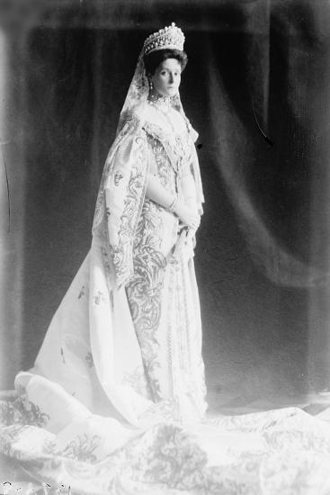 Tsarina Alexandra of Russia, Early 20th Century--Giclee Print