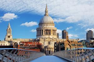 London - St Paul Cathedral, Uk by TTstudio