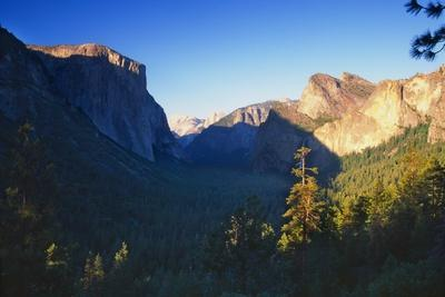 Tunnel View of the Yosemite Valley California-George Oze-Photographic Print