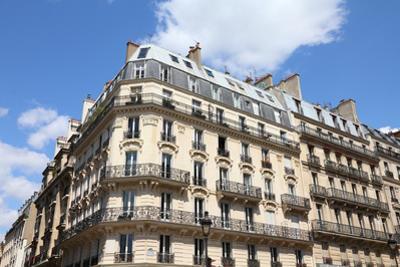 Paris, France by Tupungato