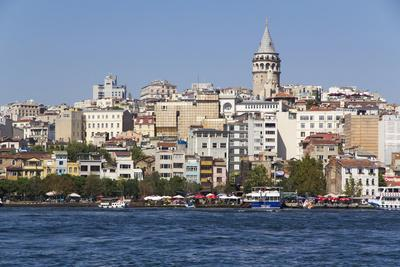 https://imgc.artprintimages.com/img/print/turkey-istanbul-galata-tower-seen-from-the-golden-horn-seraglio-point-and-old-istanbul_u-l-q12t7740.jpg?p=0
