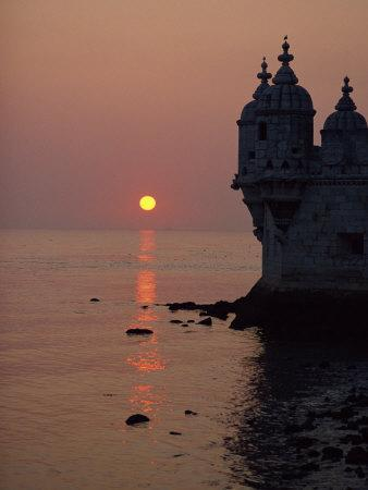 https://imgc.artprintimages.com/img/print/turrets-of-the-16th-century-belem-tower-silhouetted-in-the-sunset-in-lisbon-portugal-europe_u-l-pxup9d0.jpg?p=0