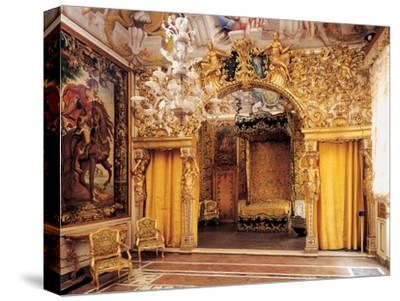 Room of the Married Couple (Alcove), 17th c. Palazzo Mansi, Italy
