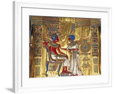 Tutankhamen a Ankhesenamen, Relief, C20 BC--Framed Photographic Print