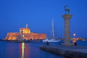 Mandraki Harbour, Rhodes City, Rhodes, Dodecanese, Greek Islands, Greece, Europe by Tuul