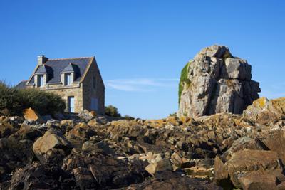 Pors Hir Harbour, Cote De Granit Rose, Cotes D'Armor, Brittany, France, Europe by Tuul