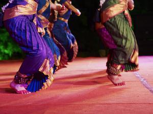 Women Dancers, Indian Traditional Dance Festival, Mamallapuram (Mahabalipuram), Tamil Nadu, Inda by Tuul