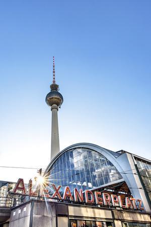 https://imgc.artprintimages.com/img/print/tv-tower-and-train-station-alexanderplatz-berlin-germany_u-l-q1bqbw90.jpg?p=0