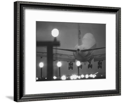 Twa Plane Landing at O'Hare Airport--Framed Premium Photographic Print
