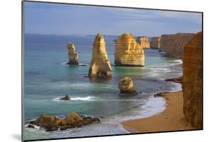 Twelve Apostles Morning at the Sandstone Rock Formations