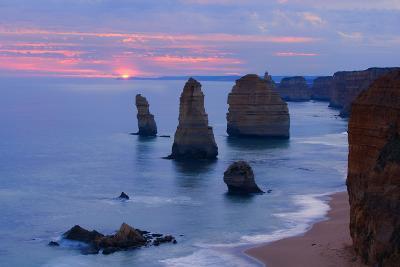 Twelve Apostles Sunset Setting Sun over the Sandstone--Photographic Print