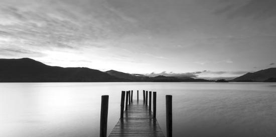 twilight-on-lake-uk