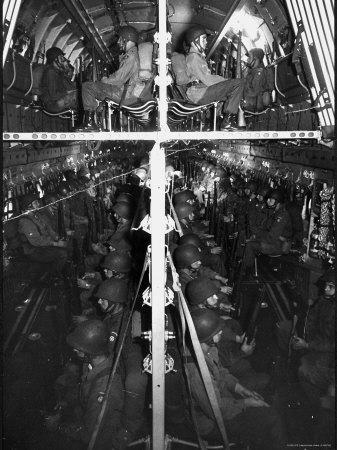 https://imgc.artprintimages.com/img/print/two-hundred-paratroopers-sitting-in-double-decker-during-training-maneuvers_u-l-p46xyk0.jpg?p=0
