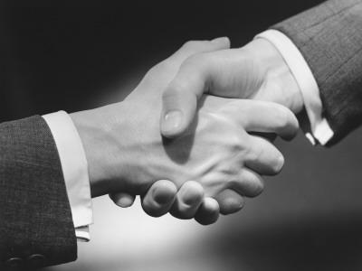 https://imgc.artprintimages.com/img/print/two-men-shaking-hands-close-up-of-hands_u-l-q10btvw0.jpg?p=0