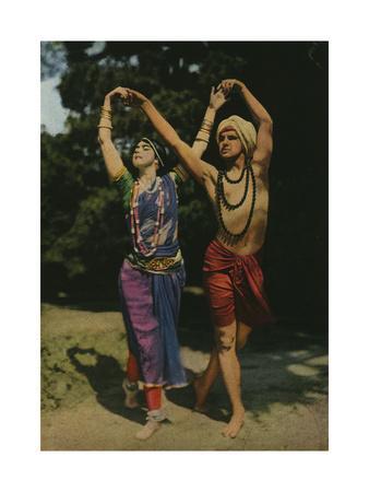https://imgc.artprintimages.com/img/print/two-modern-entertainers-perform-an-east-indian-dance_u-l-pok75v0.jpg?p=0
