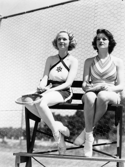 Two Women Watching Tennis Match-H^ Armstrong Roberts-Photographic Print