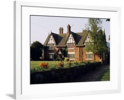 Typical Cheshire Farmhouse, Beeston, Cheshire, England, United Kingdom-Jonathan Hodson-Framed Photographic Print
