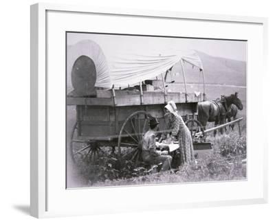 Typical Pioneer's Covered Wagon--Framed Photographic Print