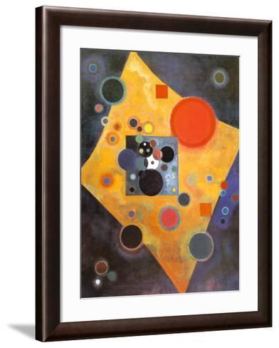Akzent in Rosa-Wassily Kandinsky-Framed Art Print