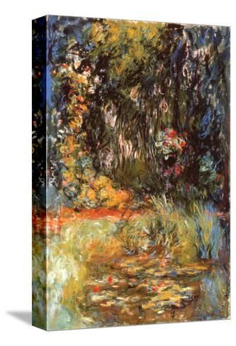 Water Lily Pond, 1918-Claude Monet-Stretched Canvas Print