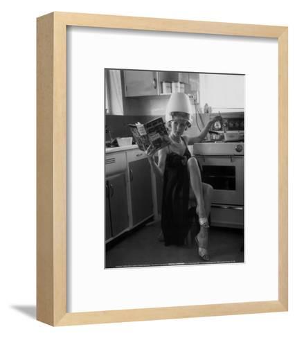 Kitchen Hairdresser--Framed Art Print