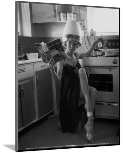 Kitchen Hairdresser--Mounted Art Print
