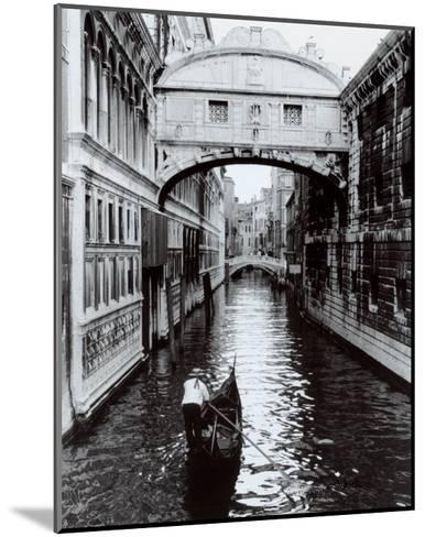 Venice Canal-Cyndi Schick-Mounted Art Print