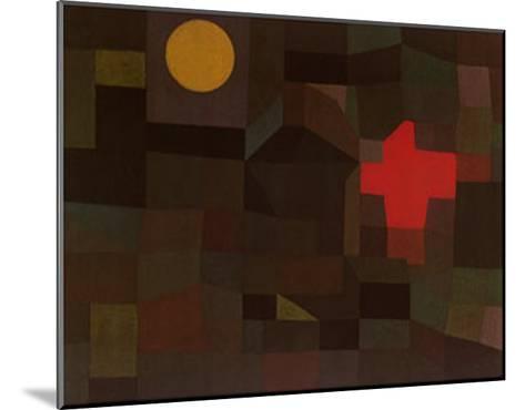 Incendio Sotto la Luna Piena-Paul Klee-Mounted Art Print