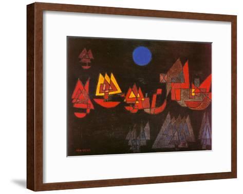 Schiffe im Dunkeln, c.1927-Paul Klee-Framed Art Print