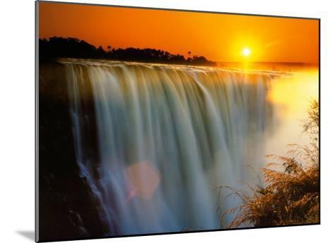 Victoria Falls - Zimbabwe-Roger De La Harpe-Mounted Art Print