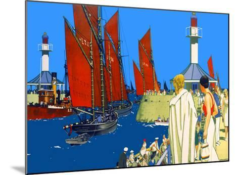Lowestoft-Kenneth Shoesmith-Mounted Giclee Print