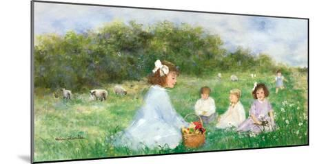 Snack on the Lawn-H?l?ne L?veill?e-Mounted Art Print
