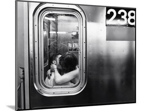 Urban Romance--Mounted Art Print