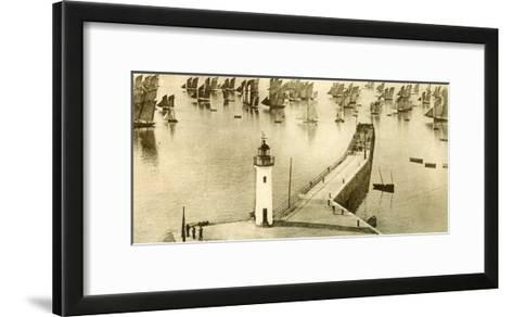 Panoramique, Cancale--Framed Art Print