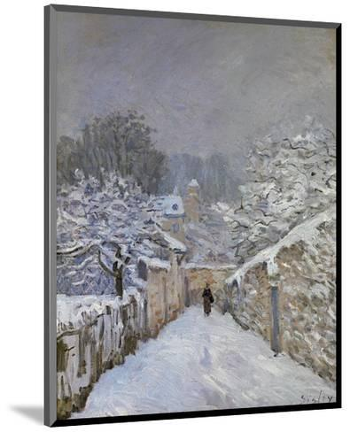 Snow at Louveciennes, France, c.1878-Alfred Sisley-Mounted Art Print